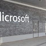 3 Key Figures of Microsoft's Exit of Feature-Phone Business