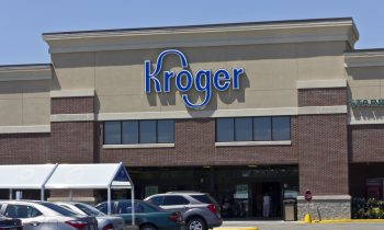 Kroger Stock Tumbles on Weak Sales, Lowers Guidance